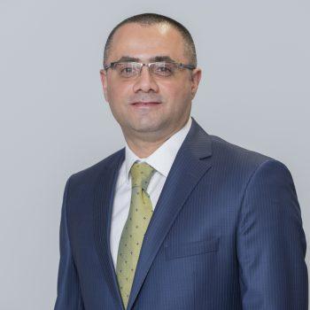 Photo of Dr Lateef Muttaleb, Dentist